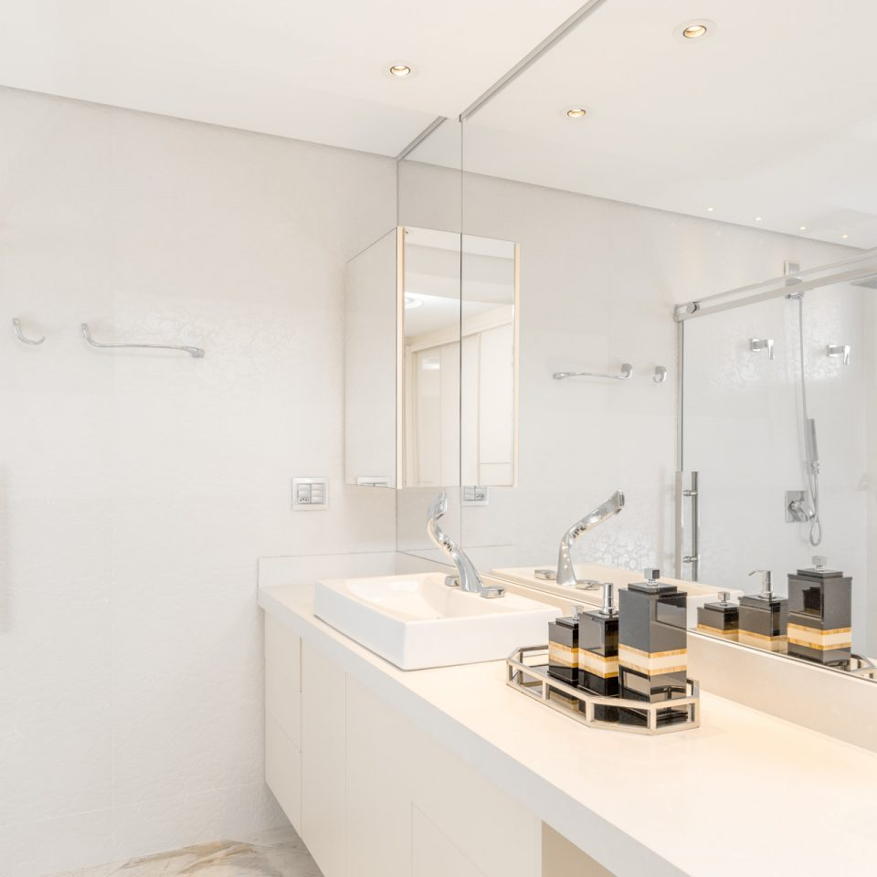 apto-gigante-ptobco-quarto-banheiro-solteiro