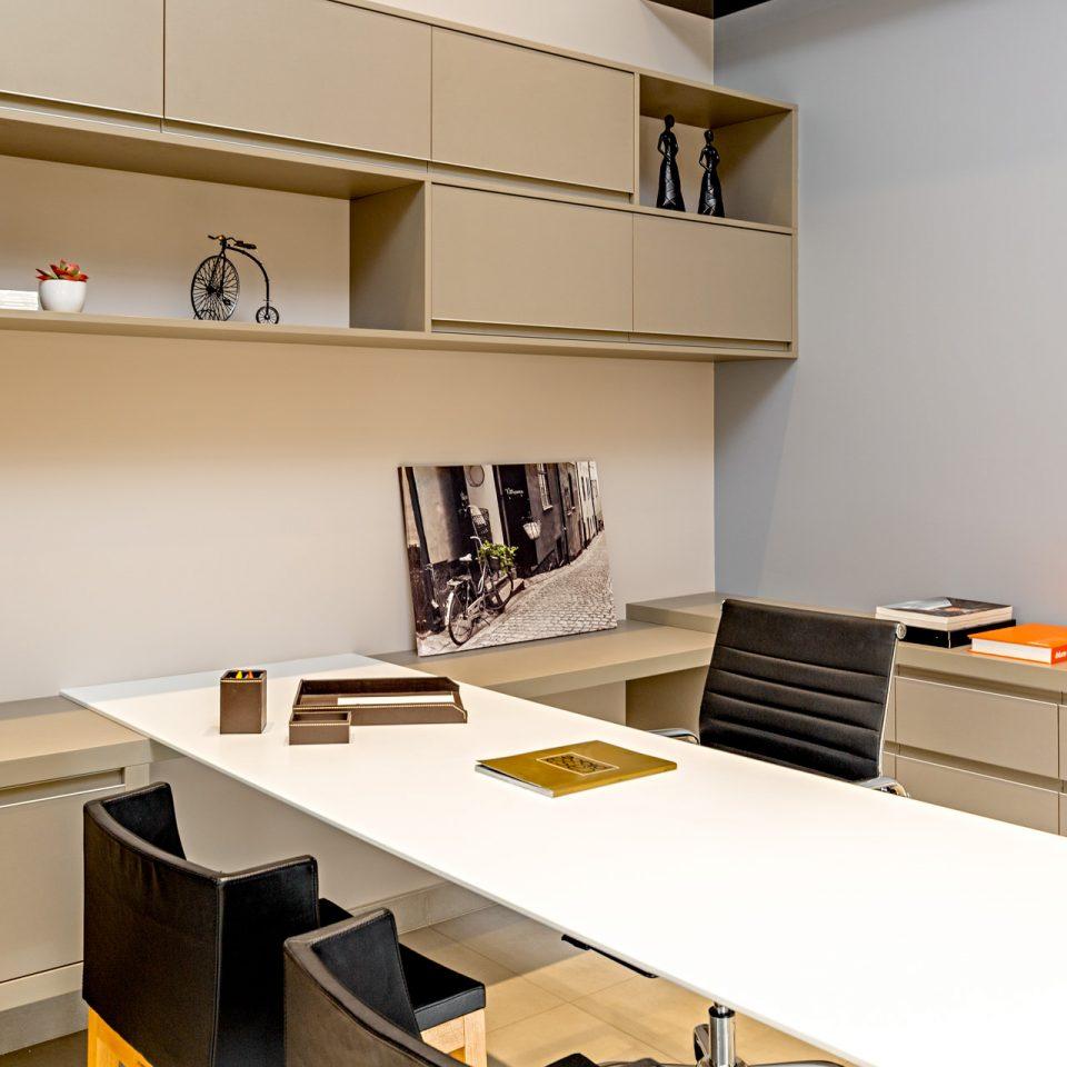 showroom-ptobco-escritorio-sr